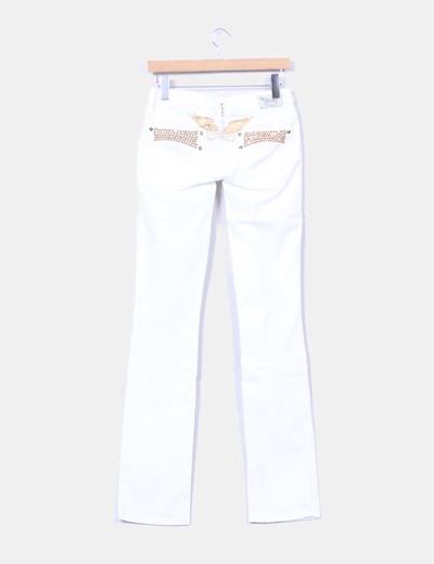 Jeans denim bootcut blanco tachas doradas