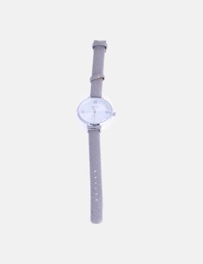Reloj fino plateado