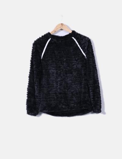 Jersey negro de pelo