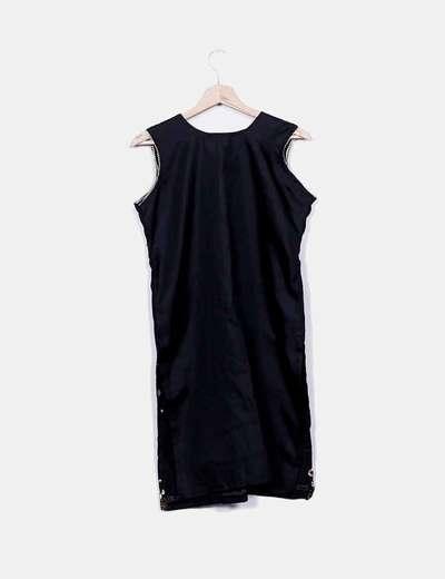 Vestido negro pedreria