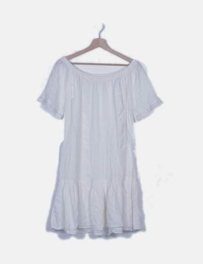 Vestido blanco cuello barco detalle crochet