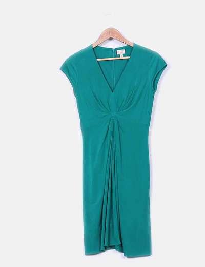 Vestido verde con pliegues