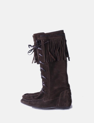 Botas serraje marrón oscuro con flecos Zara