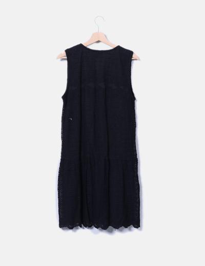 Vestido negro crochet con botones