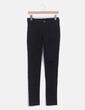 Jeans denim pitillo negro con tachas Friday's Project