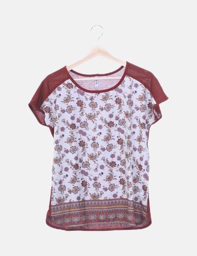 Camiseta fluida floral
