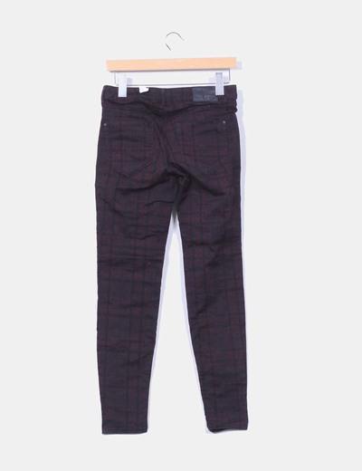 Pantalon de cuadros en tonos oscuros