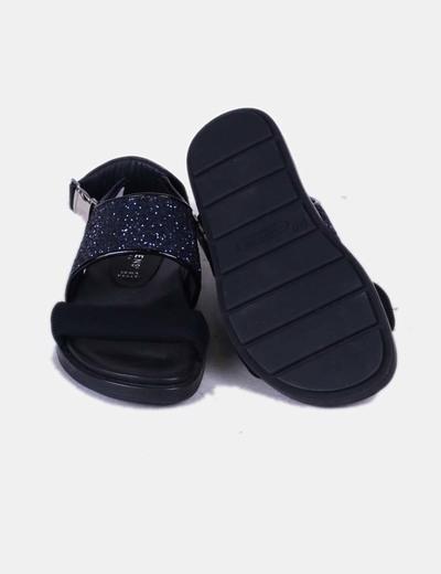 Sandalia de tiras glitter