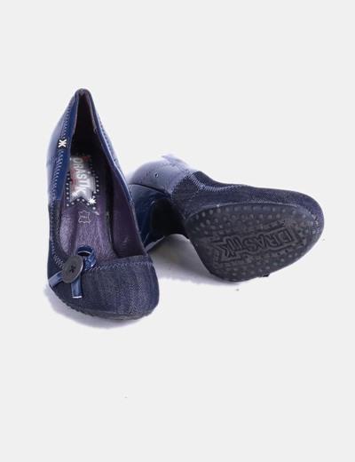 Zapato azul combinado