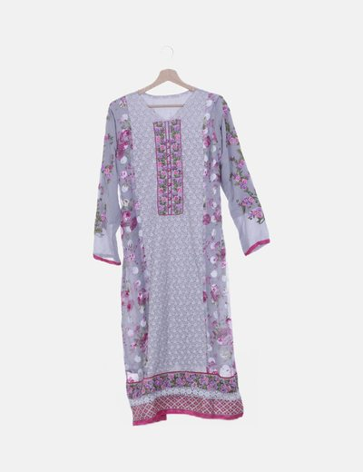 Vestido maxi gris detalles y flores bordados