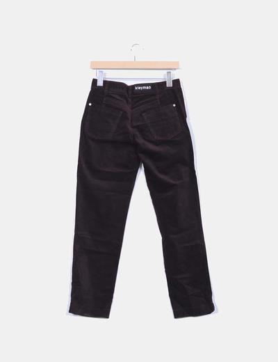 Pantalon burdeos de micropana