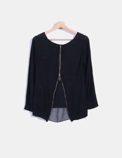 Blusa combinada negra con cremallera trasera