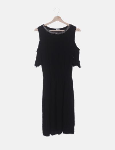 Vestido negro con abalorios