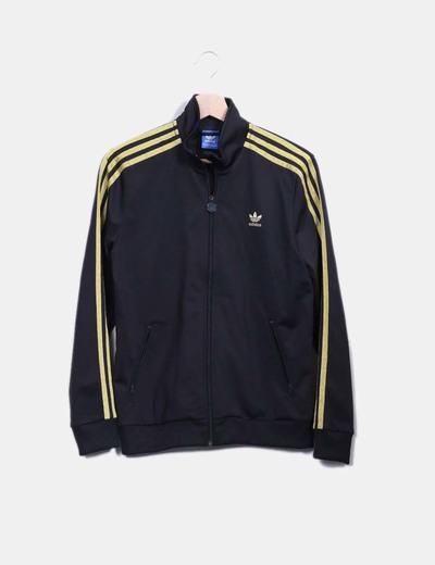 09abe50890922 Adidas Chaqueta negra con rayas doradas (descuento 77%) - Micolet
