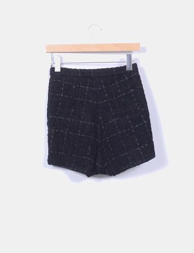 Shorts tweed negros con tachas