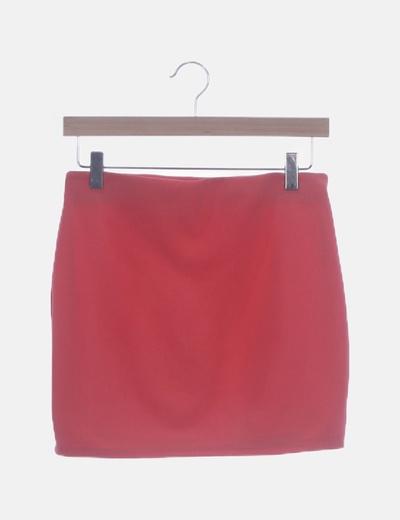 Falda rosa ceñida