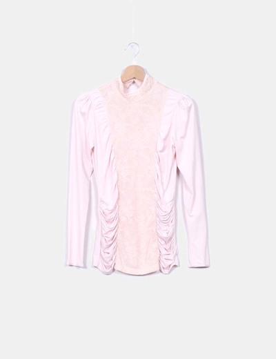 Blusa drapeada rosa Mango