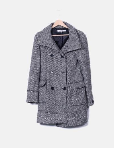 Abrigo largo bicolor jaspeado con tachas Bershka