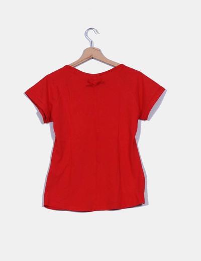 Top rojo manga corta detalle bolsillo