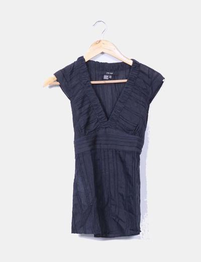 Blusa negra sin mangas texturizada Zara