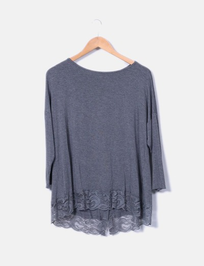 Camiseta gris con encaje IRIS