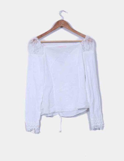 Blusa blanca combinada