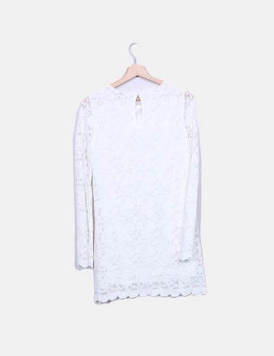 Vestido fluido de encaje blanco
