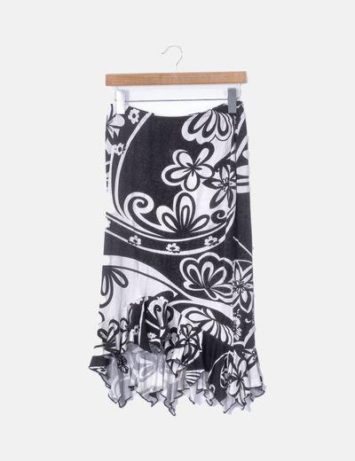 Falda midi print negro y blanco con volantes