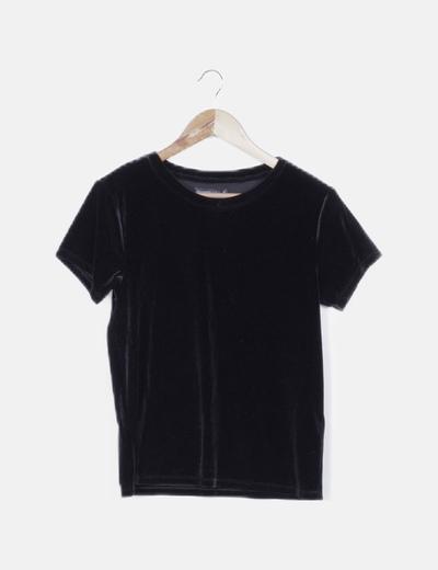 Camiseta velvet negra