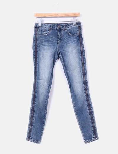 Jeans pitillo cremalleras laterales  VILA