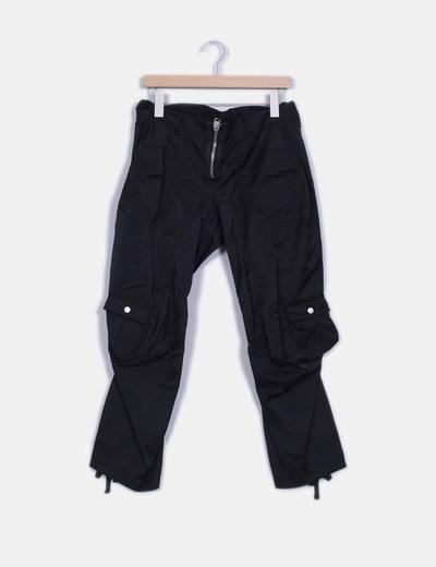 Pantalón negro  Baggy textuxa impermeable Marithé + François Girbaud