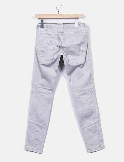 0243a387733 jeans-denim-pitillo-gris.jpg