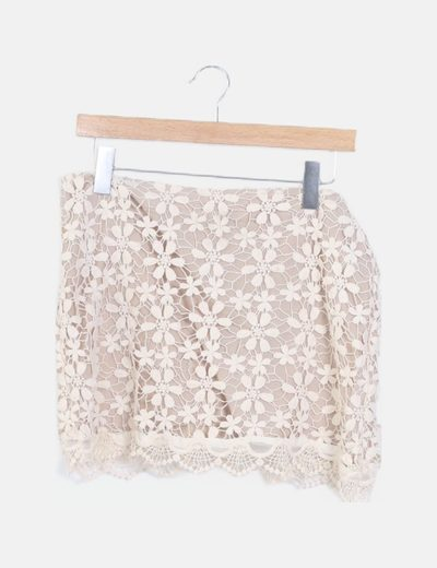 Falda mini crochet beige