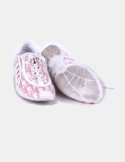 Zapatilla rosa y blanca combinada