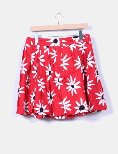 Falda midi roja floreada abullonda