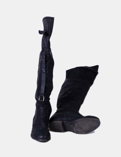 Bota mosquetera negra