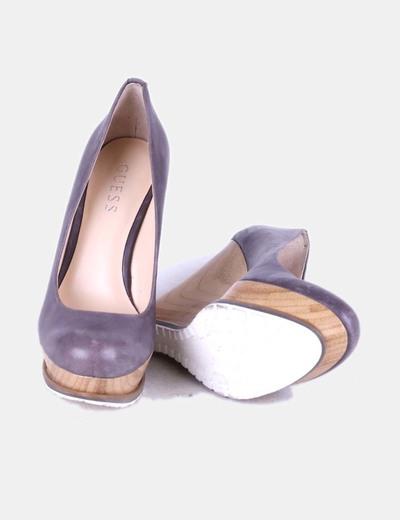 Zapatos cuna de madera