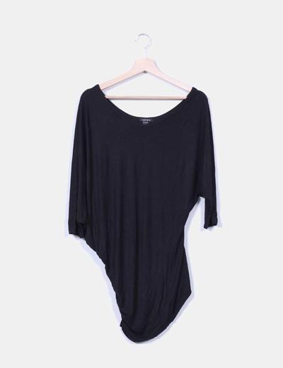 Camiseta negra básica Amisu