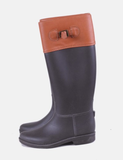 Bota de goma marrón combinada