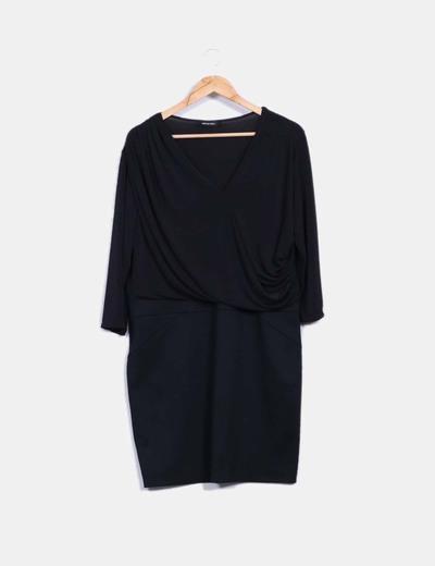 Vestido negro elástico drapeado