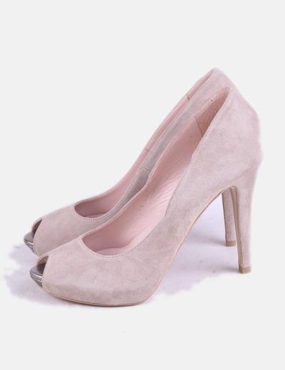 Zapato de tacón beige peep toe