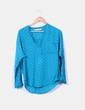Blusa azul con topos negros Zara