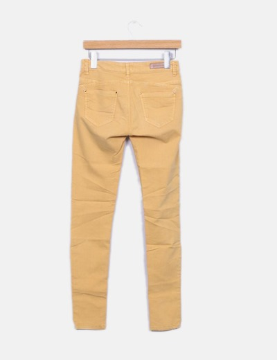 Jeans denim amarillo