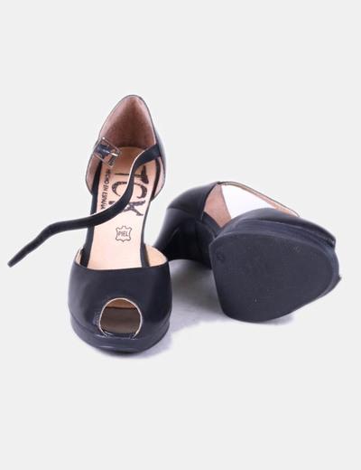 Sandalias negras con tacon