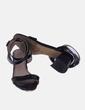 Sandalia negra acharolada Marypaz