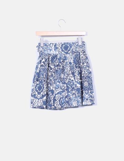 Mini falda evase estampado azul