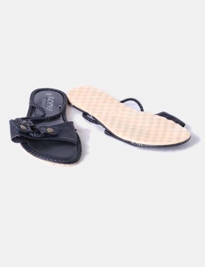 Sandalia negra tiras trenzadas
