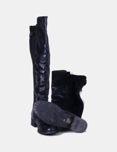 Bota negra combinada