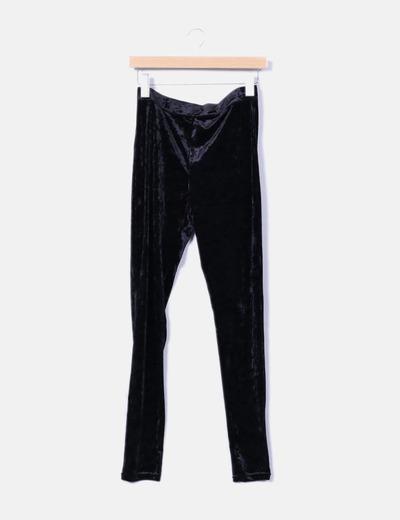 Legging negro terciopelo Bershka