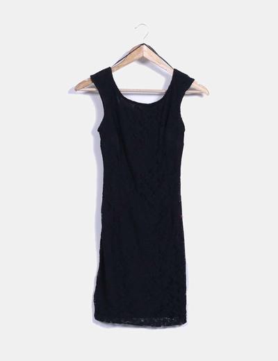 Vestido negro entallado zara